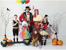 2016 pop culture halloween costume halfway to halloween costume circus family halloween costumes halloween pinterest family