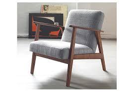 ikea sedie e poltrone gallery of ikea ripropone i mobili degli anni 50 60 e 70 in