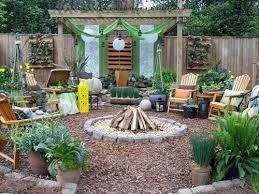 Ideas For Backyards 25 Backyard Designs And Ideas Inspirationseek Com