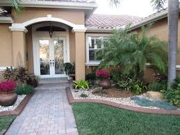 Best Landscaping Designs For Front House Garden In Front House Ideas