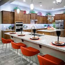 cuisine ancienne cuisine cuisine ancienne et moderne avec blanc couleur cuisine avec