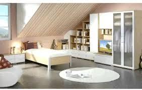 Schlafzimmer Bunt Einrichten Dachschrägen Gestalten So Richtet Ihr Euer Schlafzimmer Perfekt