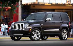 jeep snow wallpaper jeep liberty compact suv car pictures