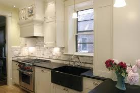 Beautiful Dark Soapstone With The White And Black Carrara Marble - Soapstone backsplash
