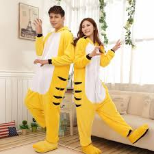 original halloween costumes for couples קנו זול original