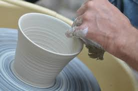 throwing a pot ceramics and pottery courses holidays and vacations