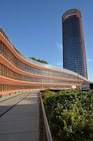tour de bureau séville andalousie espagne gratte ciel moderne de tour de bureau