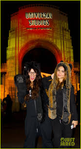 halloween horror nights pictures vanessa hudgens halloween horror nights with stella photo