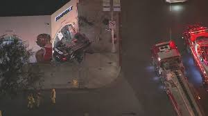 6 hurt in multi car vehicle crash in hollywood story kttv