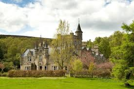 Castle Style Homes by The Ultimate Property Swap Scottish Mansion With 11 Bedrooms A