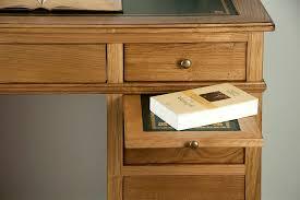 bureau antiquaire petit bureau luc en chêne de style louis philippe surface d écriture