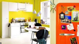 peinture cuisine jaune jaune couleur déco peinture inspiration côté maison