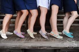 wedding shoes toms comfy pairs toms bridesmaid shoes 3 bridal trend ideas