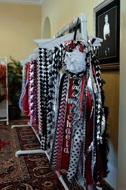 mums for homecoming homecoming mums inside a larger than tradition kera news