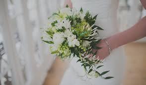 7 winter wedding flowers you u0027ll absolutely adore weddingwire