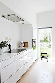 idee cuisine blanche idées déco cuisine photo cuisine blanc laqué aménagement kitchen ideas