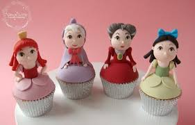 Cinderella Cupcakes Fabulous Cinderella Carriage Cake And Cupcakes Between The Pages