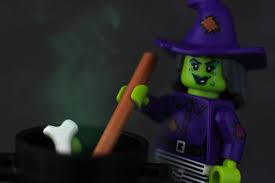 review lego 40260 halloween haunt