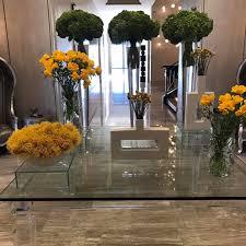 heather dubrow u0027s weekly fresh flowers popsugar home