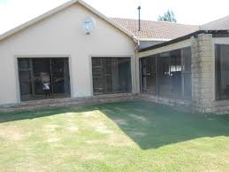 property and houses for sale in woodland hills bloemfontein