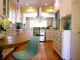 Backsplash For Kitchen Walls Buttercream Isnt Just For Baking Diy Yellow Infused Kitchens