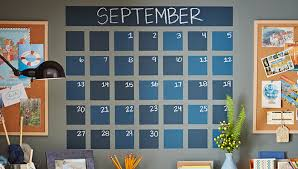 painted chalkboard calendar