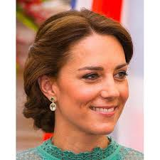 earrings kate middleton kate middleton shows push present today s parent