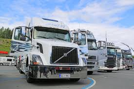 volvo truck tractor white volvo vnl truck tractor in a show editorial image image of