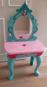 frozen vanity table toys r us big clearout disney frozen dressing table vanity unit anna elsa