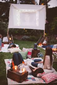 How To Make A Backyard Movie Theater Best 25 Night Picnic Ideas On Pinterest Surprise Date Romantic