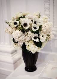 white flower centerpieces 46 cool black and white wedding centerpieces happywedd