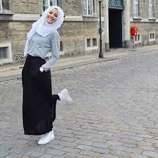 desain baju kekinian model baju atasan muslimah yang cantik