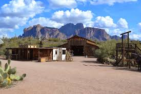Mountain Backdrop No Bad Days Rving Superstition Mountain Museum