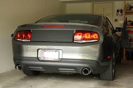 sn95 mustang tail lights how to install raxiom aero tail lights on your 2010 2012 mustang