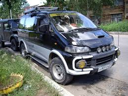mitsubishi delica off road view of mitsubishi delica photos video features and tuning of