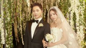 after wedding agencies of taeyang and min hyo rin release photos from wedding