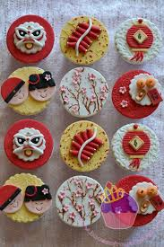 New Year S Decorated Cupcakes by 427 Best Cupcakes Images On Pinterest Desserts Recipes And