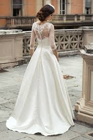 Best 25 Wedding Dress Buttons Ideas On Pinterest Lace Back