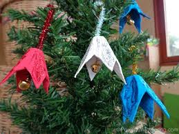 14 easy crafts for using jingle bells buggy and buddy