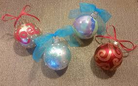 ornament painting class sat nov 25 4pm at pinot u0027s palette red