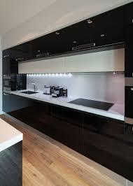 cuisine noir mat cuisine blanche et 35 photos id es d co surprenantes noir