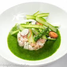 cuisiner asperges ceviche de sébaste et saumon tagliatelles d asperges jus vert