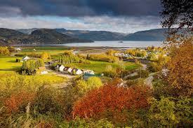 10 places canada gorgeous fall foliage cruiseable