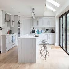 island style kitchen white shaker style kitchen shaker style kitchens shaker style