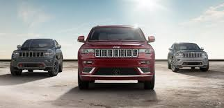 jeep grand cherokee srt offroad 2018 jeep grand cherokee from off road to the paved track