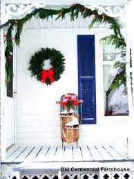Christmas Decorations For Screened In Porch by Outside Christmas Decorations And Ideas To Make Your Holidays Bright