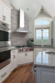 Range In Island Kitchen by Best 25 Wolf Stove Ideas Only On Pinterest Brick Backsplash