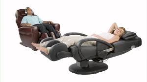 Osim Uastro Zero Gravity Massage Chair How To Buy A Massage Chair A Massage Chair Buying Guide Abt