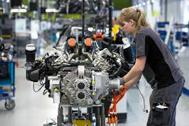 stuttgart porsche factory porsche employees in germany get special u20ac8 200 bonus for record