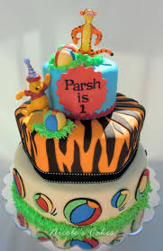 199 best winnie the pooh cakes images on pinterest disney cakes